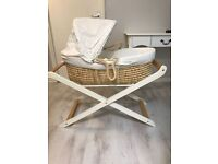Winnie the Poo Moses Basket plus stand