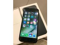 IPhone 7 matt black 32gb Unlocked good condition