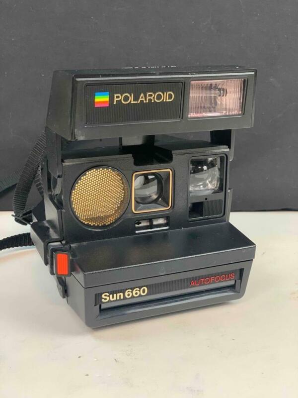 Vintage Polaroid Sun 660 Auto Focus Instant Film Camera