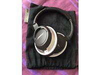 BOSE AE2 Soundtrue headphones - As New