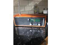 Vintage Roberts rm 33 radio