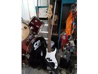 Squier P-Bass