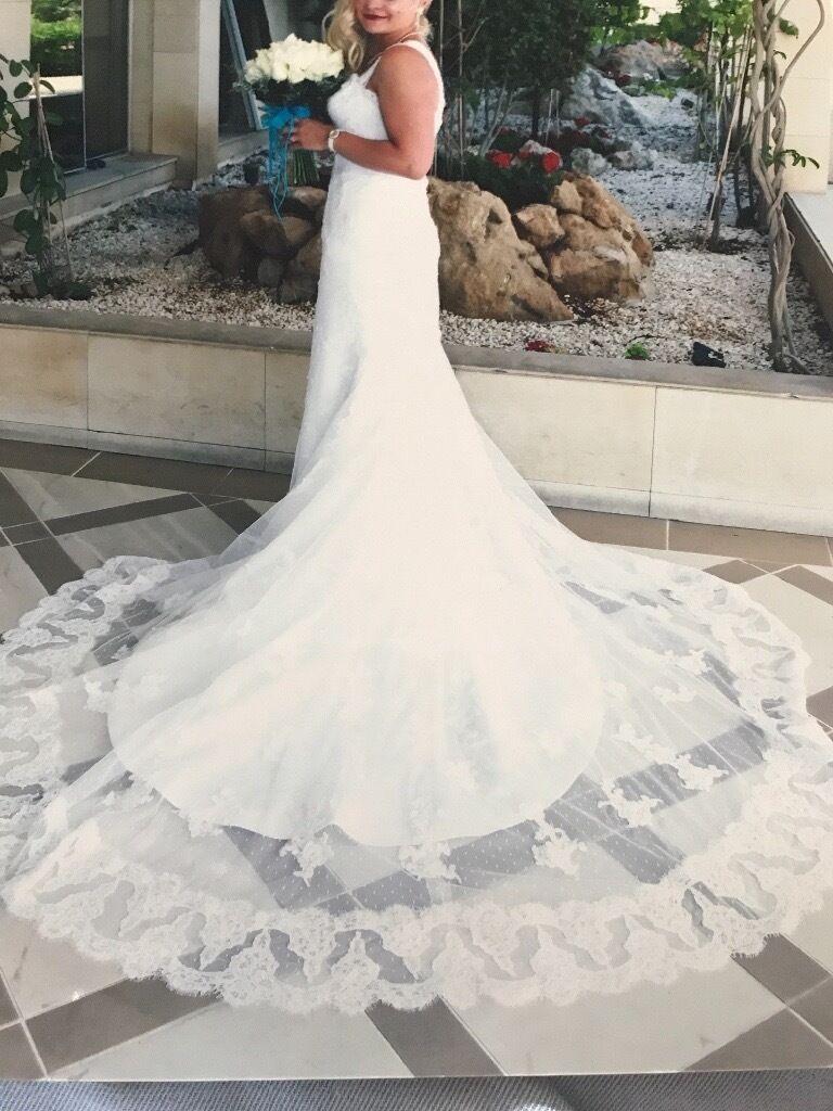 d9fc55950dfc2 Reduced Designer Wedding Dresses - raveitsafe