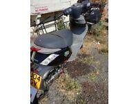 125 Piaggio zip moped 125cc maxi scooter not 50cc