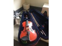 Stentor Student 2 Violin with hard case.