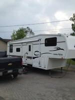 28 RLG Golden Falcon 5th wheel trailer