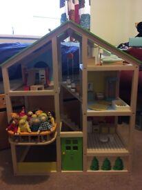 Beautiful Doll's House