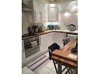 Bright, spacious, homely double room to rent in 2 bedroom flat.