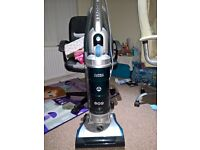 Hoover vacuum cleaner bagless & Black and Decker steam mop and Microwave