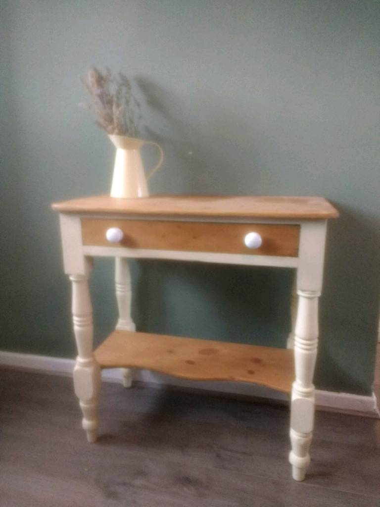 Lovely Victorian Pine Washstand