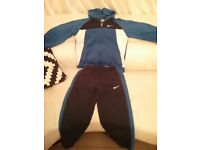 BOYS NIKE TRACK SUIT 12 TO 13 YEARS