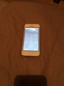 Silver IPhone 5 (16gb)