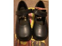 Toughees Kids Vivianne Velcro School Shoe's girls navy blue new boxed size c11