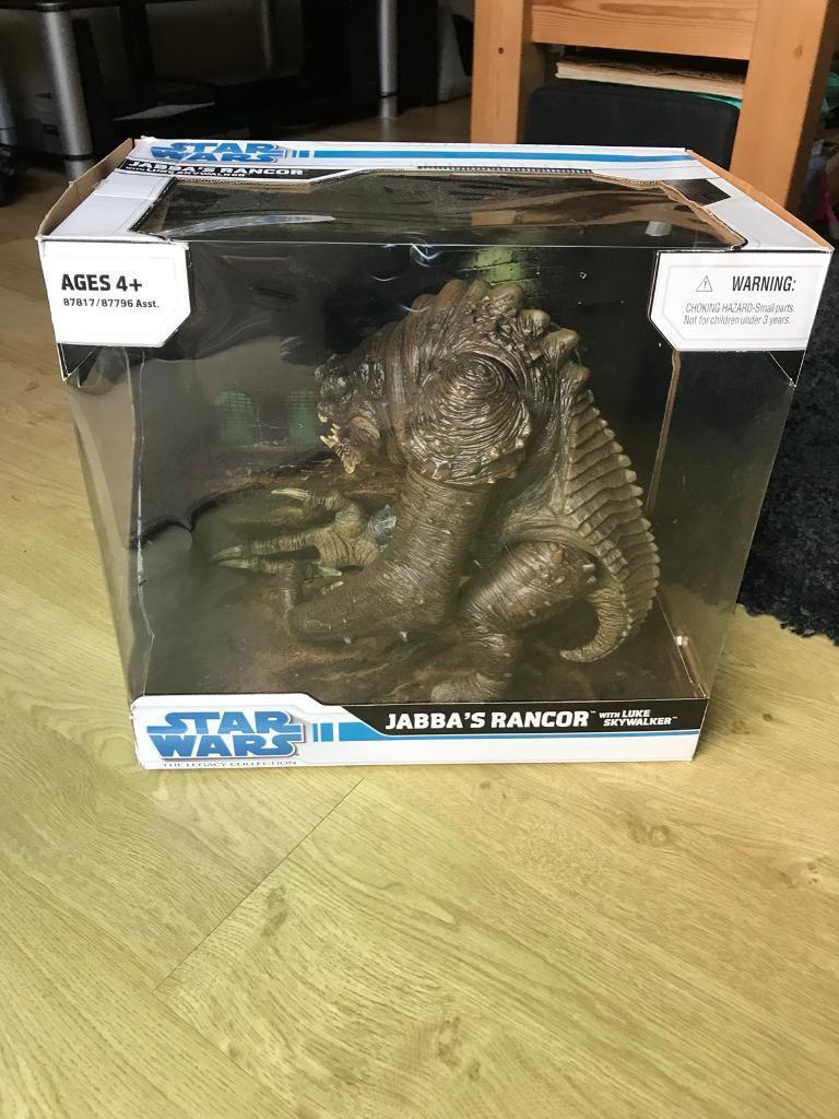 Starwars Rancor with Luke sky walker