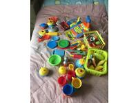 Toy till and accessories