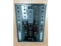 Traktor Kontrol Z2 DJ Mixer - Used Once
