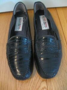 PAIR of SOFT COMFORTABLE ITALIAN LADY'S PENNY LOAFERS..SIZE 9.5