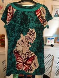 Lovely butterfly top size M/L never worn
