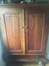 Mahogany solid TV cabinet