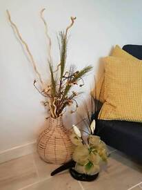 2 vases with artificial flowers both in good used condition