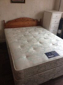 King size divan bed with 4 drawers