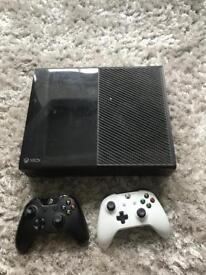Xbox One 500gb with 2 controllers and 8 games