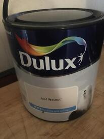 Dulux Just Walnut paint 2.5l