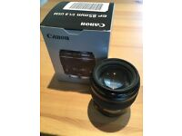 Like new - Canon EF 85mm f1.8 USM - Comes with UV filter and original box