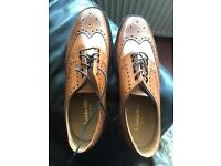 Mens shoes Loake size 10, brand new