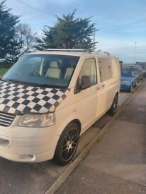 VW T5 Transporter CamperVan