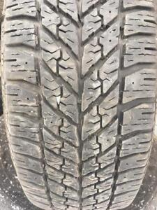 235/55/17 Goodyear ultragrip winter 10/32