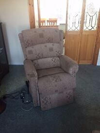 Riser Recliner Armchair 2 years old only used a few times in excellent Condition cost £550