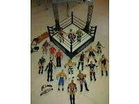 WRESTLING FIGURES WITH RING AND EXTRAS