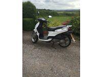 Peugeot tweet 125cc moped