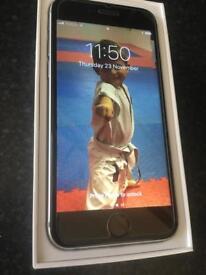 I phone 6 space grey 16 Gb unlocked