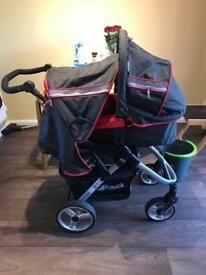 Hauck Apollo 4 complete travel system with ISO fix base.