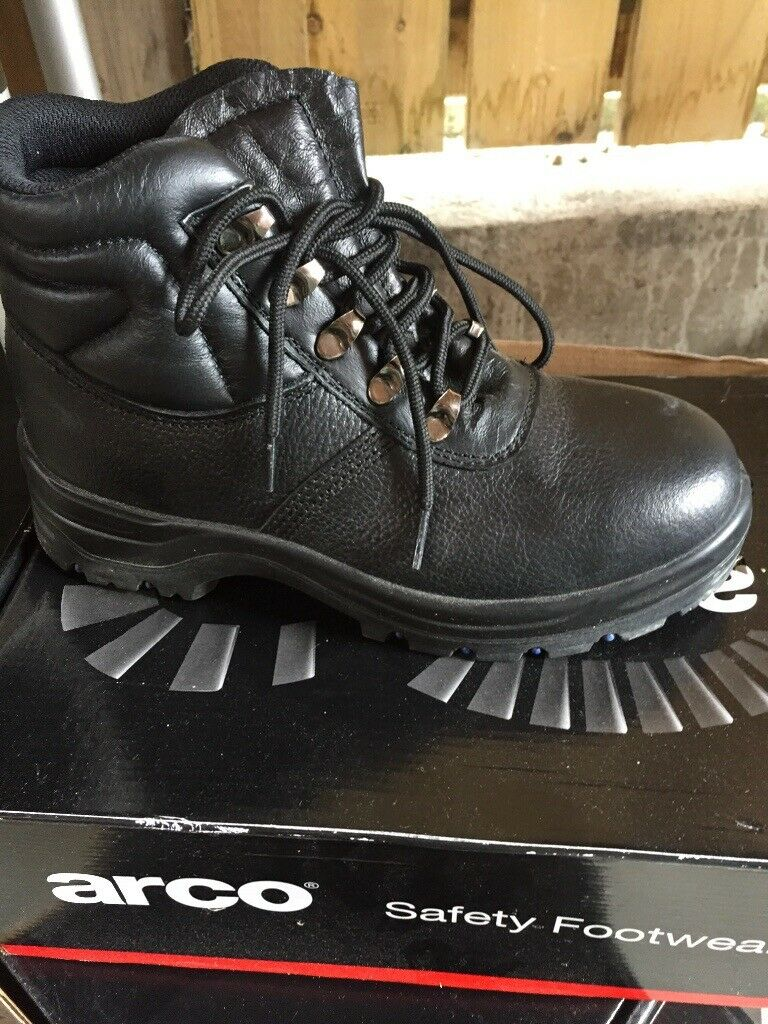 2f38c2b5289 ARCO Safety boots in box size 5 , 9 and 10 | in Bangor, County Down |  Gumtree