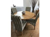 OAK FURNITURE LAND TABLE/CHAIRS