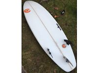 CC SURFBOARD WITH FINS, LEASH, TAIL PAD