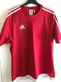 Adidas poly T shirt size Medium