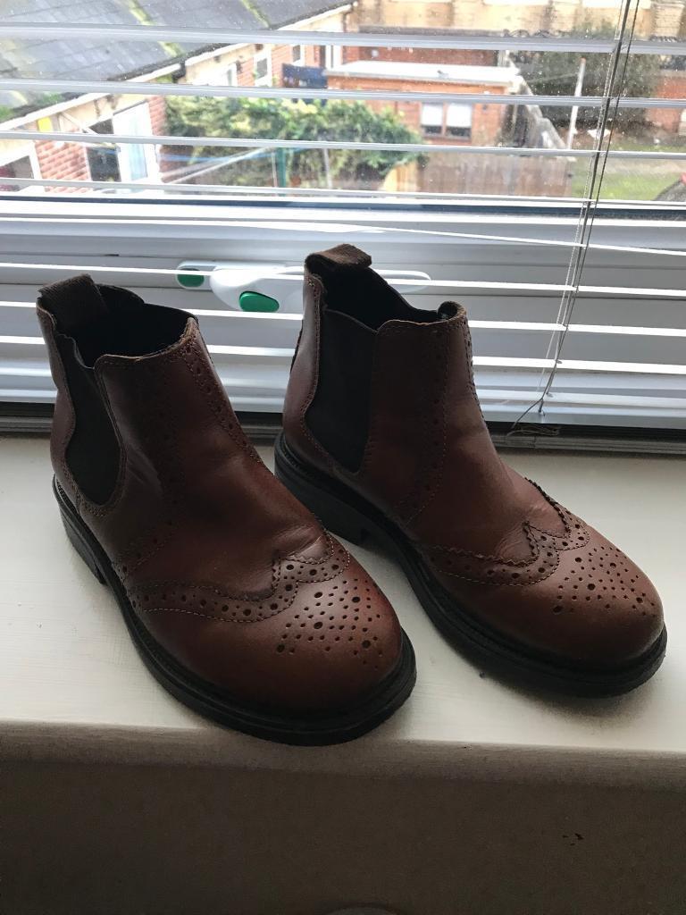 Boys Brogue Boots***Size 13***