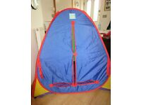 POP UP PLAY TENT - great condition - folds down flat for easy storage NOW REDUCED TO £7.50!