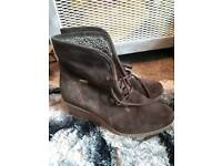 Ladies shoes and boots sizes 5/6