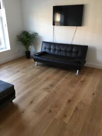 ** NEW LARGE MODERN 1 BEDFLAT - AVAILABLE 1ST SEPT '18 -TOWN CENTRE LOCATION