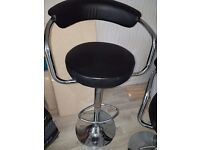 2 chrome bar stools