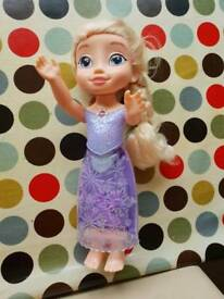 Singing Elsa