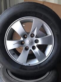 Set of four Mitsubishi L200 alloys tyres