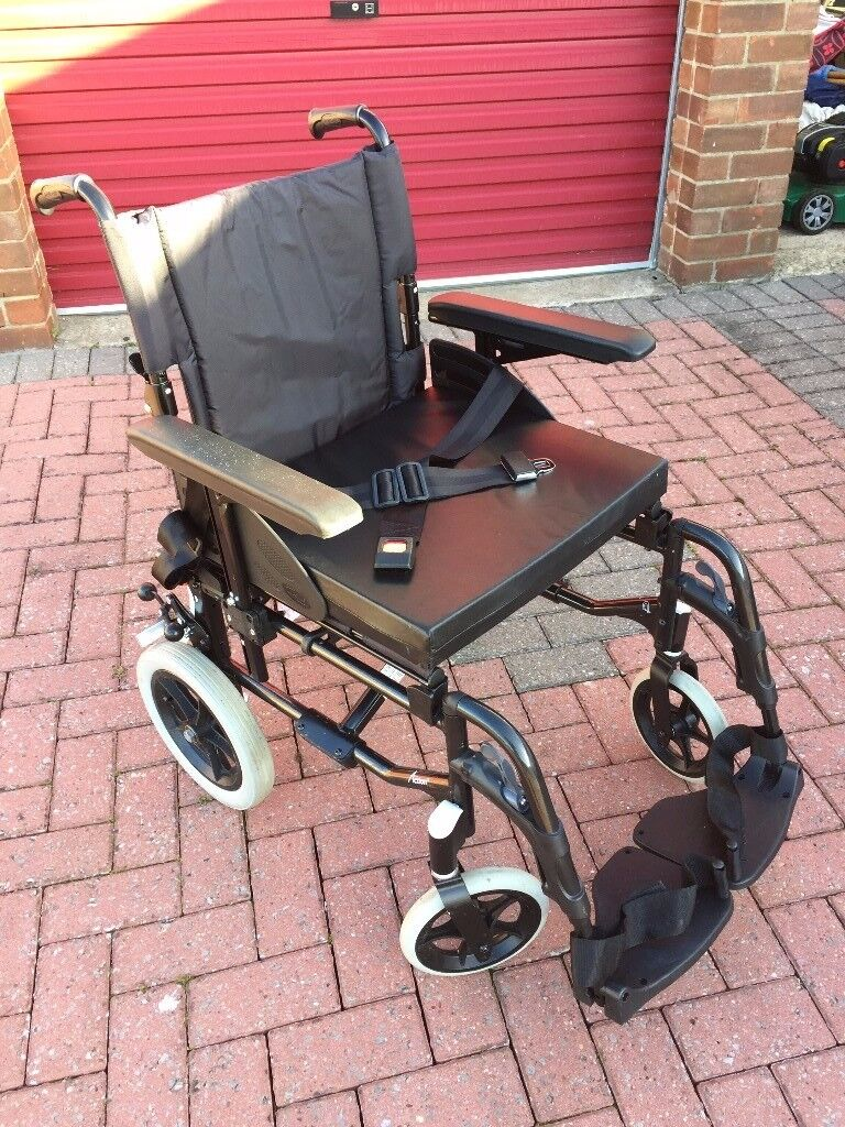 Invacare Action 2 NG Transit high quality wheelchair