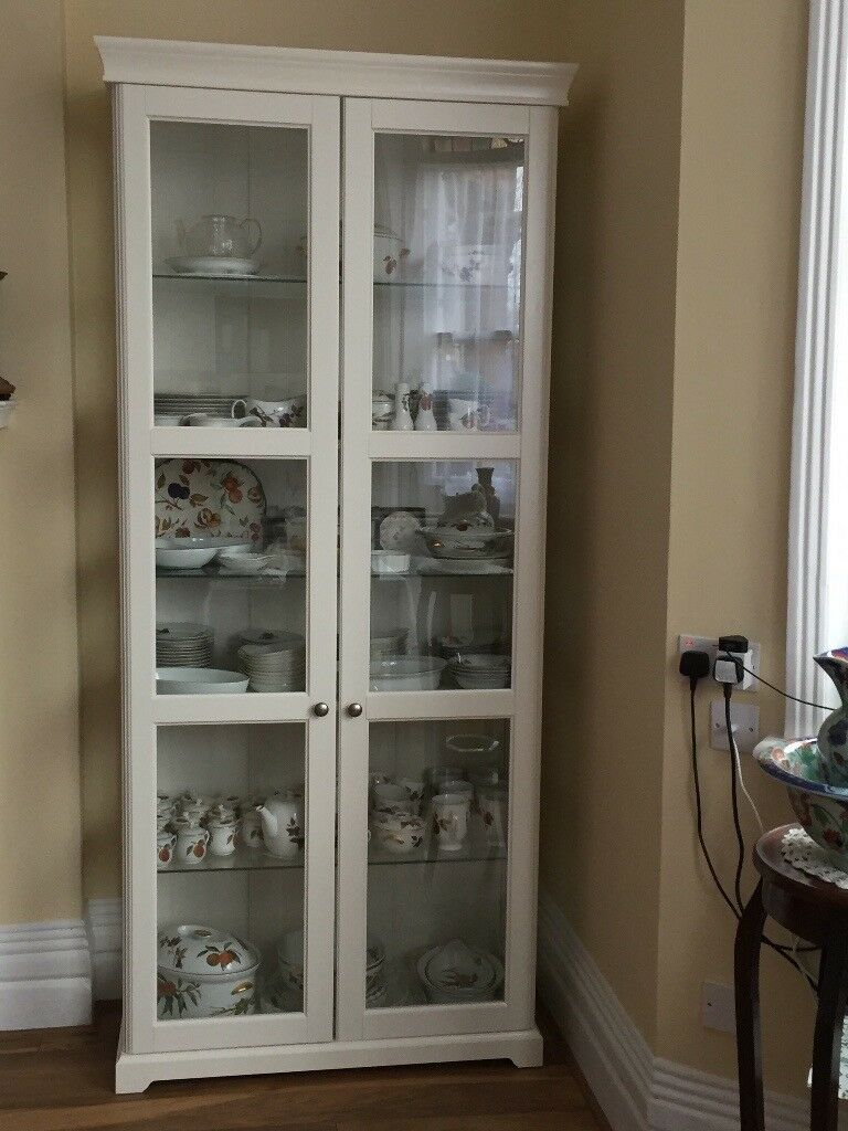 Ikea Liatorp Glass Door Display Cabinet White In Excellent Condition