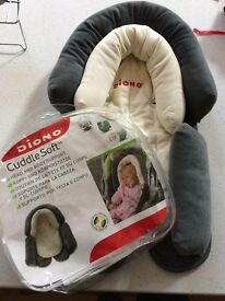 Diono comfort soft baby head and body support